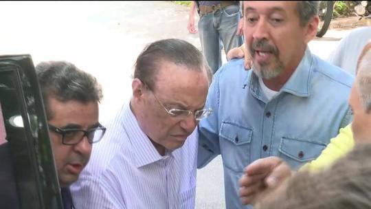 Maluf se entrega à PF em SP após STF determinar início de cumprimento de pena