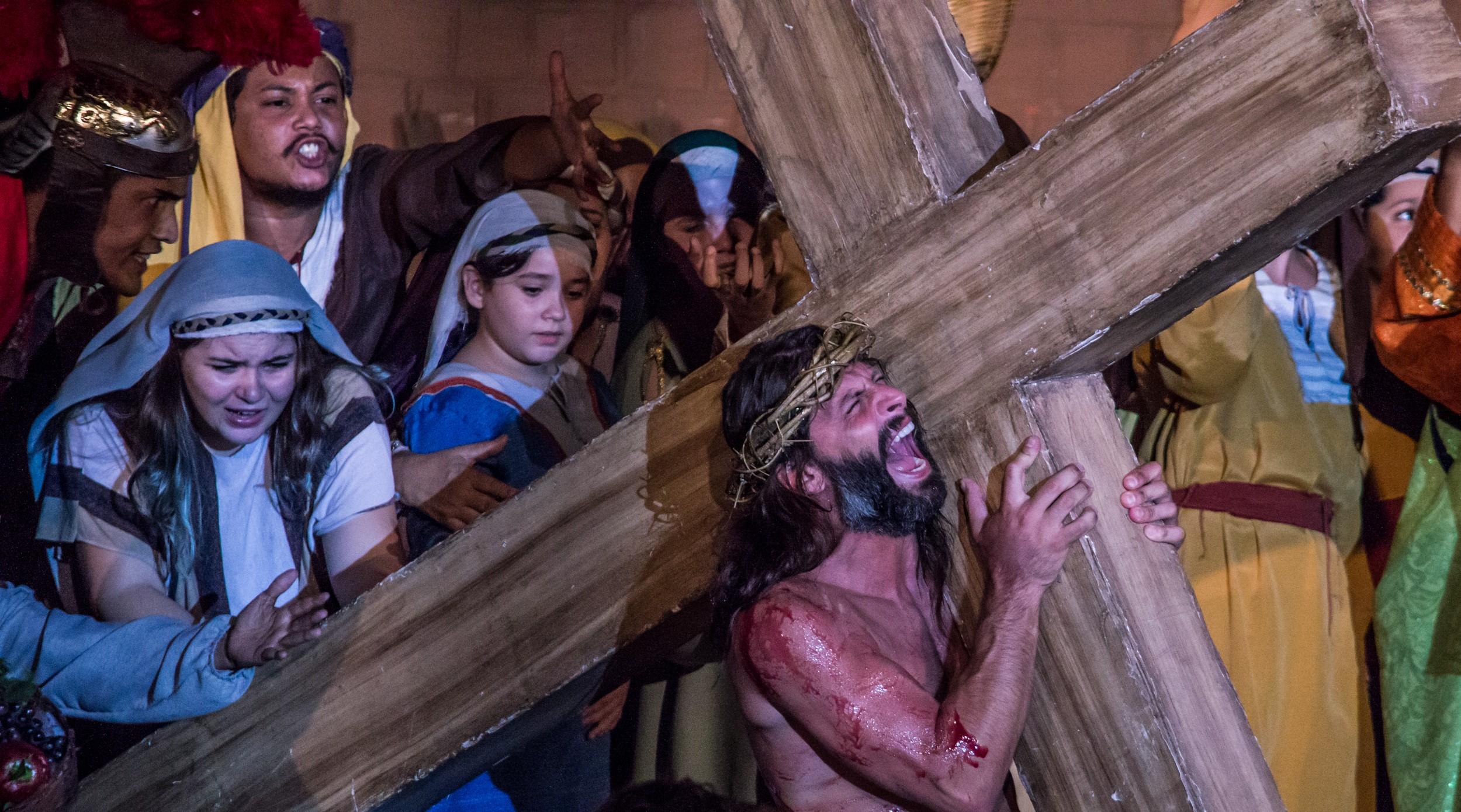 Para evitar aglomeração de pessoas, 'Auto da Paixão de Cristo' encenado em 2017 em Cuiabá será transmitido online pelo Cine Teatro