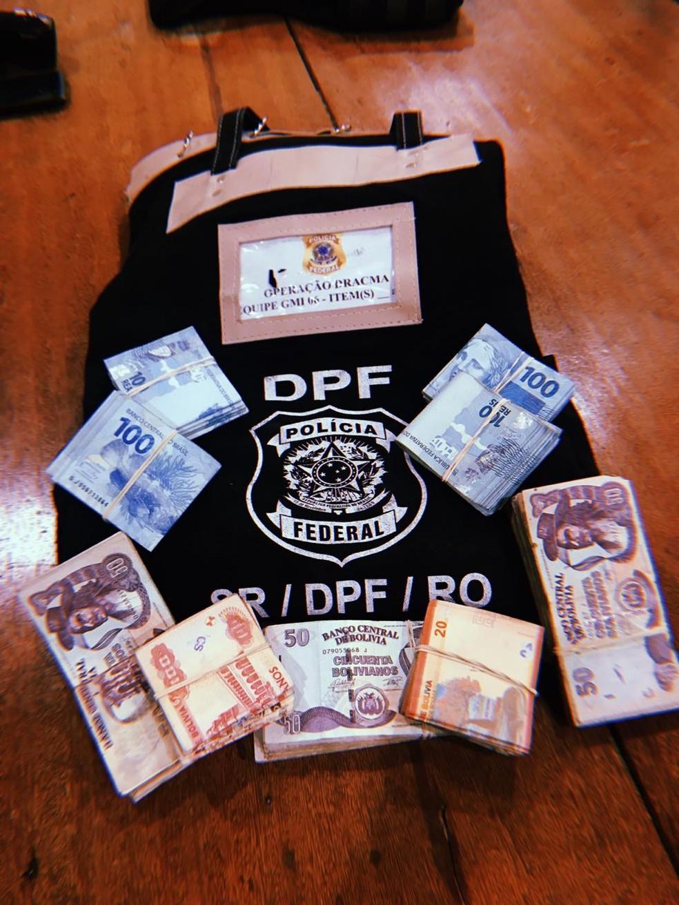 Dinheiro é apreendido na Operação Dracma — Foto: PF/Divulgação