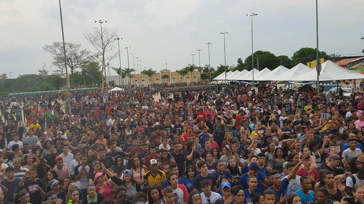 Marcha para Jesus 2017 reúne multidão de fiéis nas ruas de Cuiabá