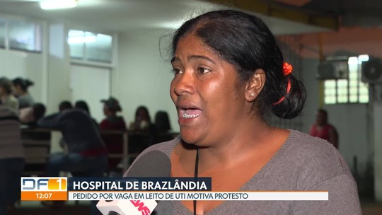 Falta de vaga em UTI motiva protesto em frente ao Hospital de Brazlândia