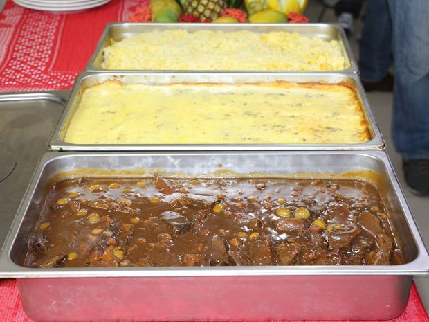 Pratos foram feitos com carne de jumento (Foto: Marcelino Neto/G1)