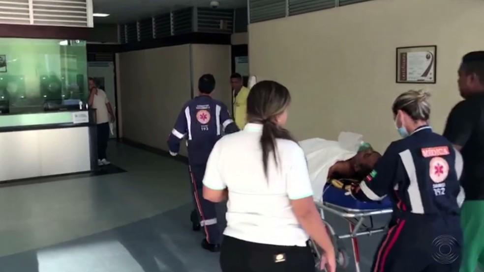 Pai do cantor chegou a ser socorrido, mas não resistiu (Foto: Reprodução/TV Cabo Branco)