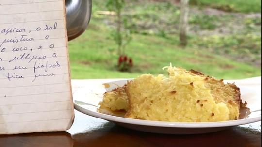 Aprenda a preparar um bolo cremoso de mandioca com coco