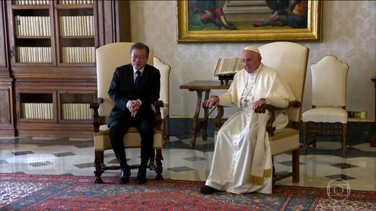 Moon Jae-in convida Papa para visitar a Coreia do Norte em nome de Kim Jong-un
