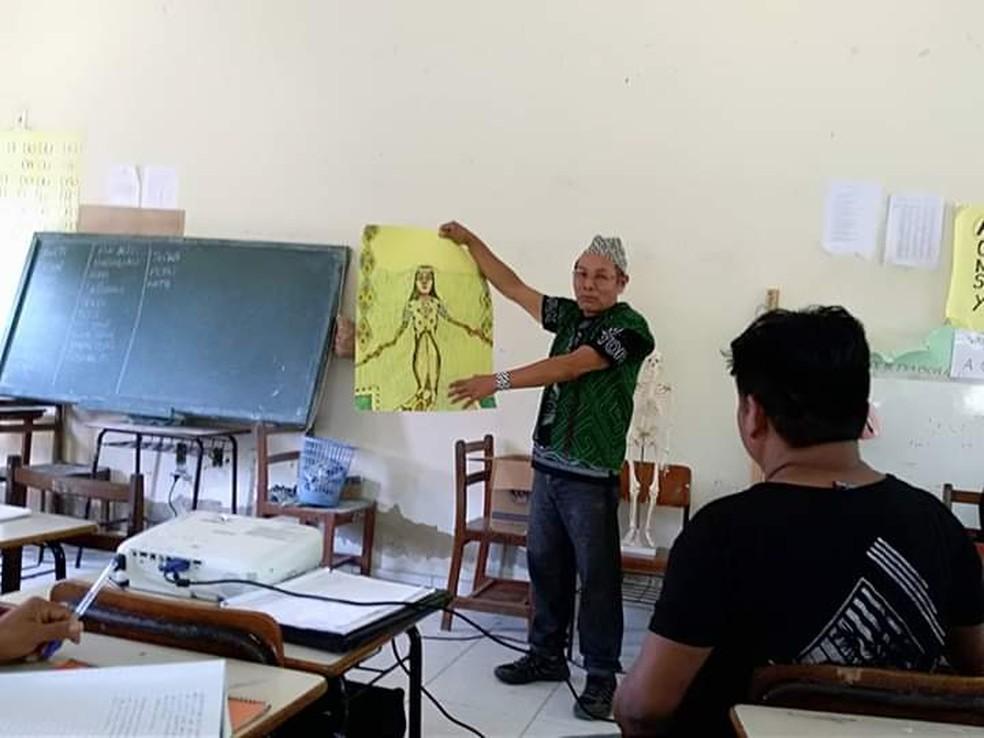 Ideia é fazer com que a educação dos indígenas seja regida por eles mesmos  — Foto: Joaquim Maná/Arquivo pessoal