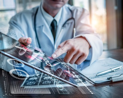 Protagonismo da inteligência artificial no setor de saúde: restaurar a conexão médico-paciente