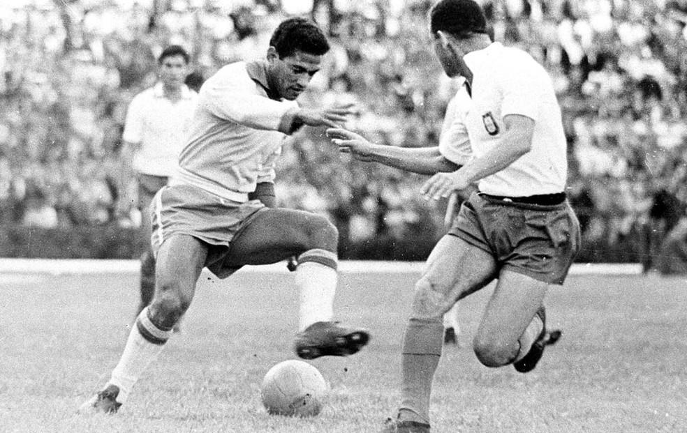 Garrincha foi o nome do mundial de 1962 (Foto: Agência estado)