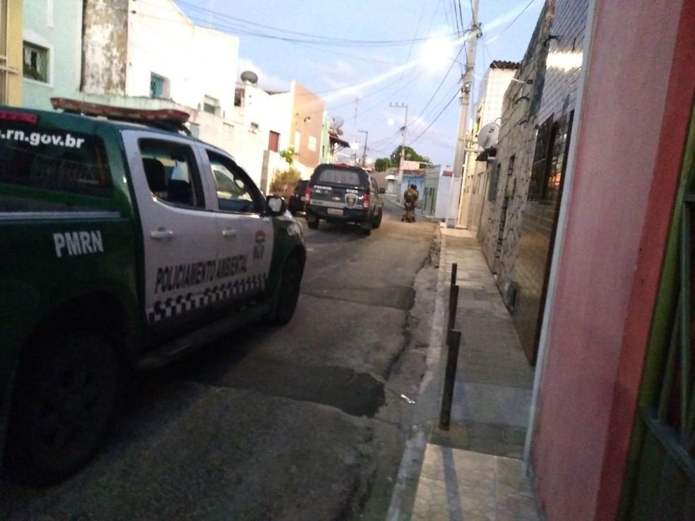 Polícias Civil e Militar realizam operação na Zona Leste de Natal (Foto: PM/Divulgação)