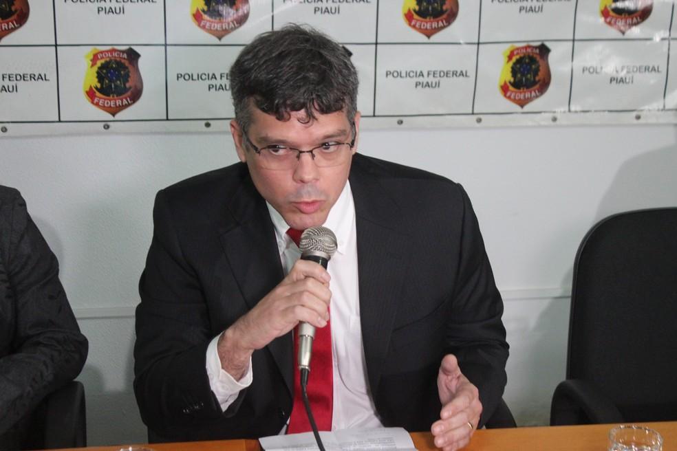 Albert Moura, Delegado Regional de Combate ao Crime Organizado (DRCOR-PI) — Foto: Lucas Marreiros/G1