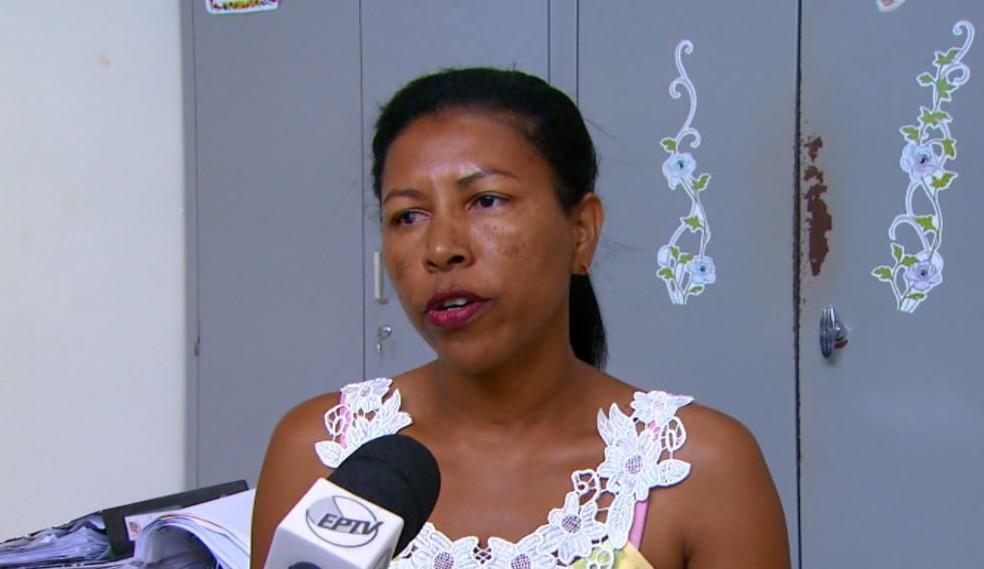 A presidente do Conselho Tutelar de Santa Cruz das Palmeiras, Marina Santos (Foto: Reprodução/ EPTV)
