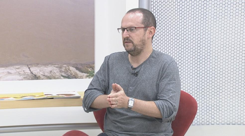 O escritor de literatura infantil Ilan Brenman fará conferência de abertura do XIII Jogo do Livro — Foto: Reprodução/Rede Amazônica Acre