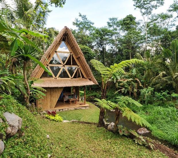 Localizada no meio da natureza, esta cassa é um refúgio para os que querem sair da cidade (Foto: Airbnb/ Reprodução)