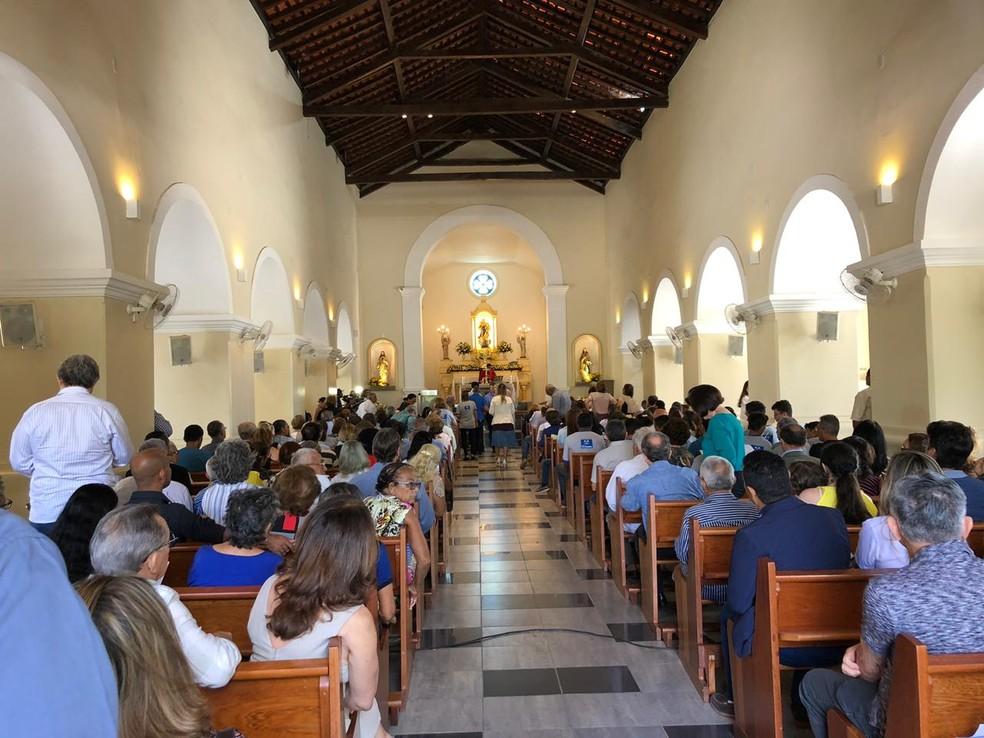 Missa celebra um ano de morte de Geraldo Coelho — Foto: Paulo Ricardo Sobral/ TV Grande Rio