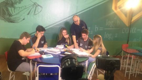 'Descolados' traz dicas para estudo em grupo