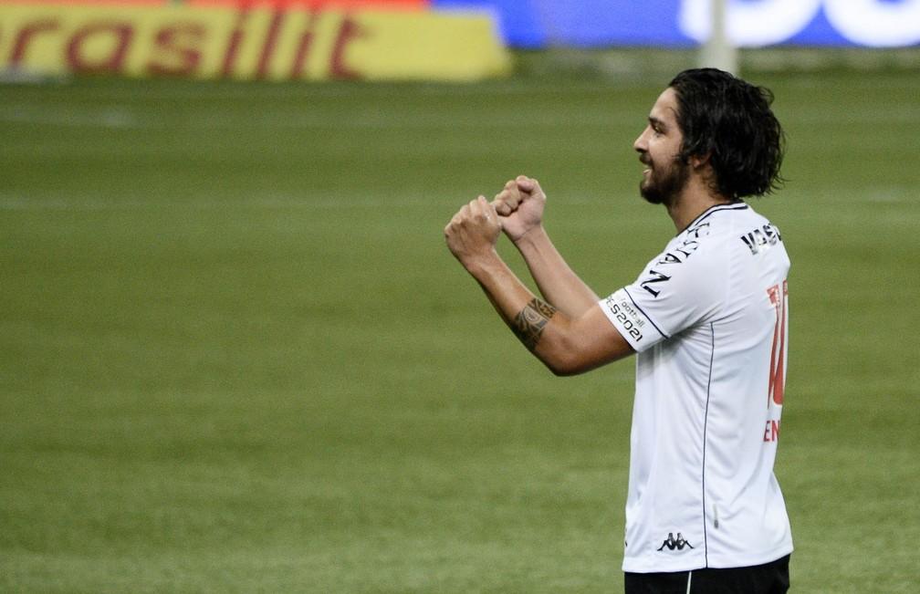 Benítez saiu do Vasco e está fechado com o São Paulo — Foto: Marcos Ribolli