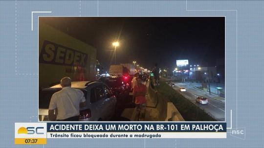 Homem morre e três ficam feridos em acidente na BR-101, na Grande Florianópolis