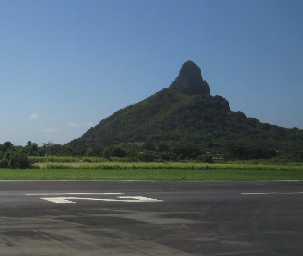 Obra no aeroporto de Fernando de Noronha para voos noturnos de emergência tem aprovação do ICMBio.