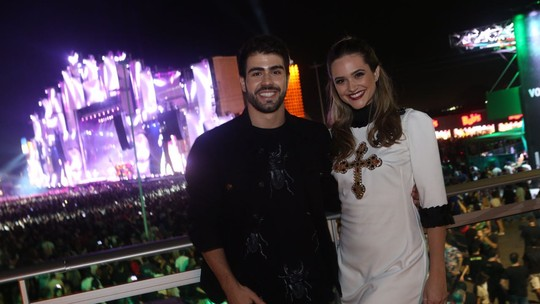 Juliana Paiva e Juliano Laham mostram bastidores da área VIP do Rock in Rio