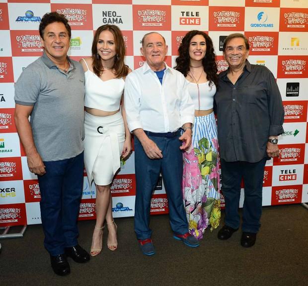 Marcos Frota, Letícia Colin, Renato Aragão, Livian Aragão e Dedé Santana  (Foto: Francisco Cepeda/Agnews)
