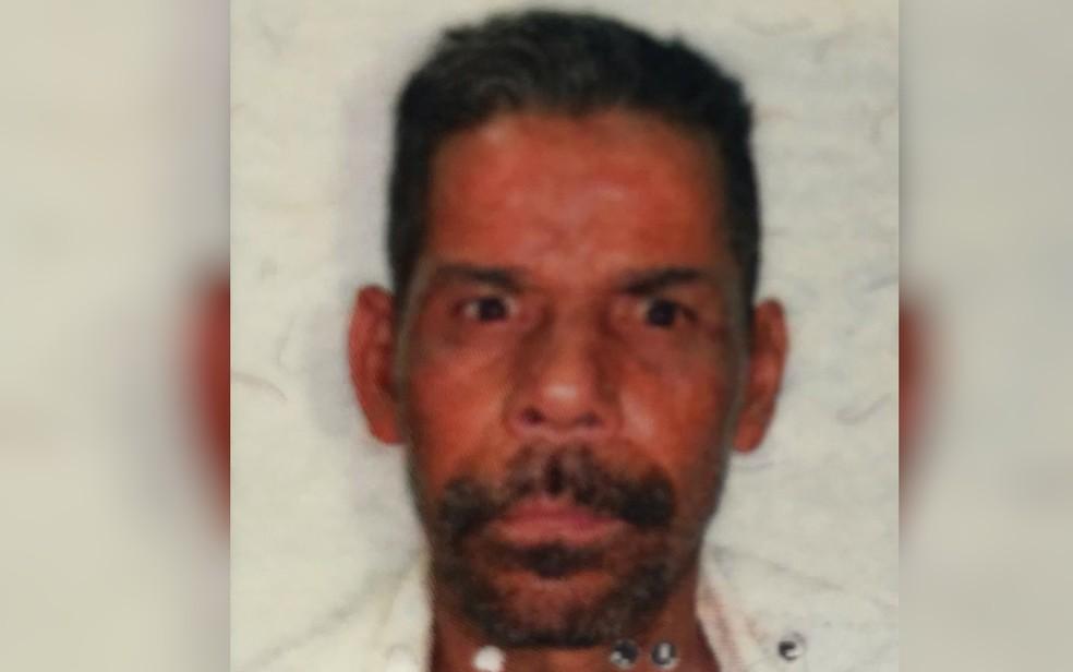 Cristiano Lopes da Silva morreu após ser atropelado por carro em distribuidora de Aparecida de Goiânia — Foto: Reprodução/TV Anhanguera