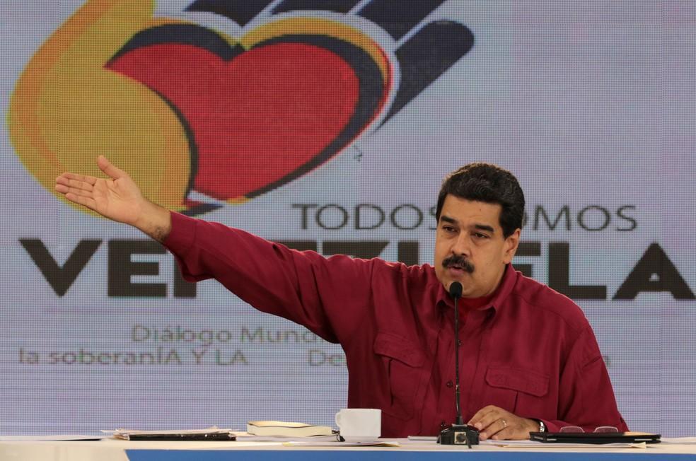 Presidente da Venezuela, Nicolás Maduro, fala em seu programa semanal na TV venezuelana (Foto: Miraflores Palace/ Reuters)