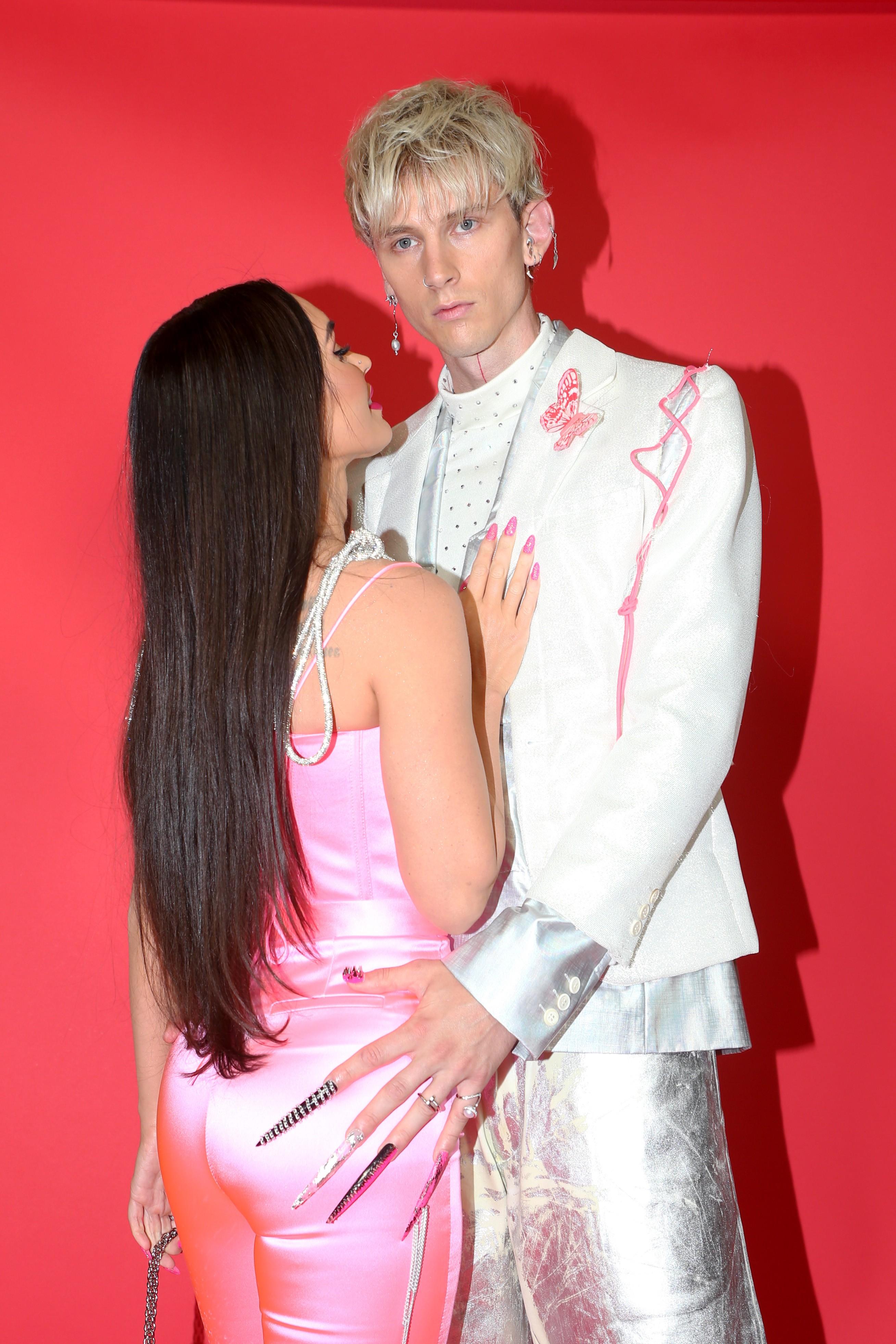 Megan Fox e Machine Gun Kelly no iHeartRadio Music Awards 2021, realizado The Dolby Theatre de Los Angeles (Foto: Getty Images)