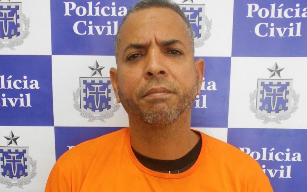 Preso é apontado como autor de mais de 10 homicídios (Foto: Divulgação/Polícia Civil)