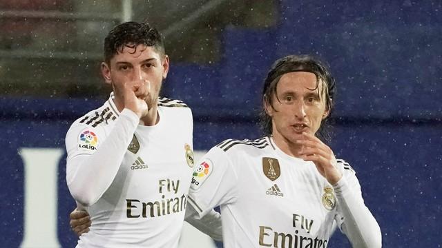 Valverde marcou o primeiro gol com a camisa do Real Madrid após passe de Modric