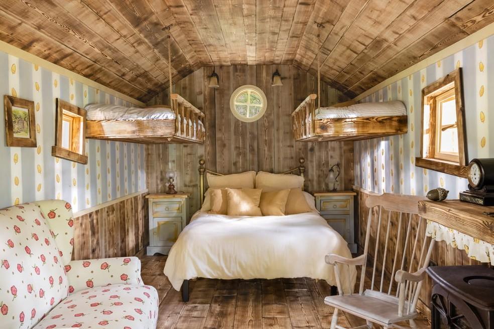 Casa inspirada nos desenhos do Ursinho Pooh — Foto: Divulgação/Airbnb