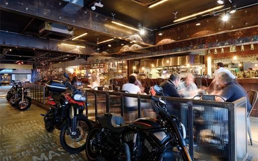 Oficinas de customização de moto se desdobraram em diversas atrações - GQ | Motos
