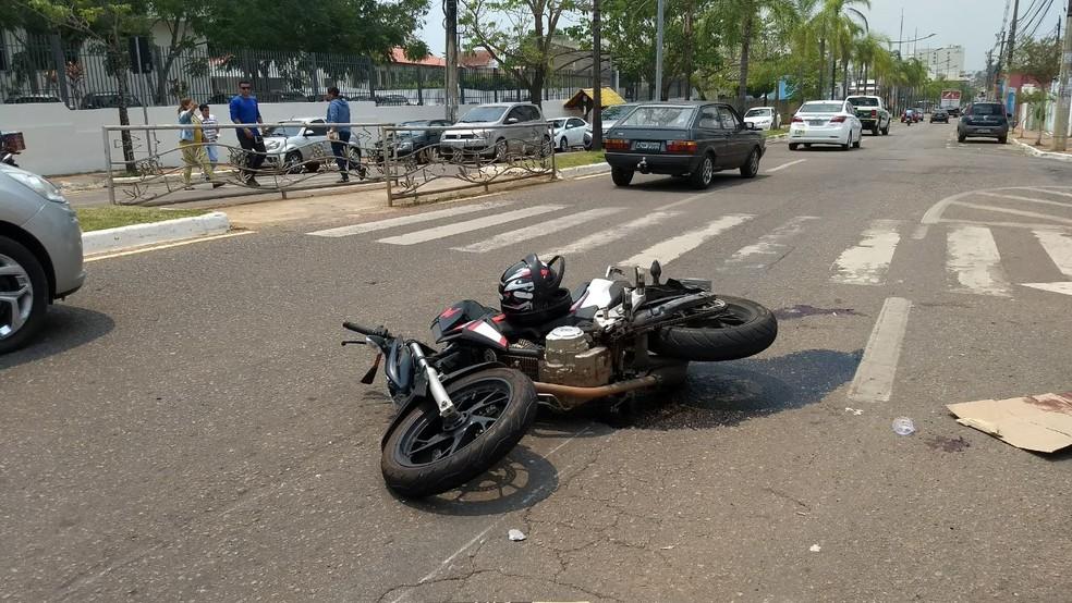Jones Silva atravessava rua quando motociclista o atropelou (Foto: Débora Ribeiro/Rede Amazônica Acre)