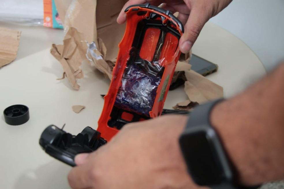 Drogas escondidas em brinquedo na Bahia — Foto: Divulgação/SSP-BA