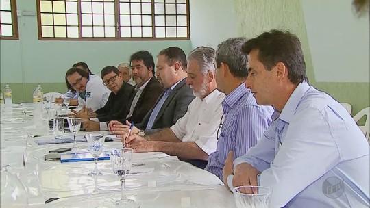 Secretário do Ministério da Saúde discute situação financeira da Santa Casa de São Sebastião do Paraíso