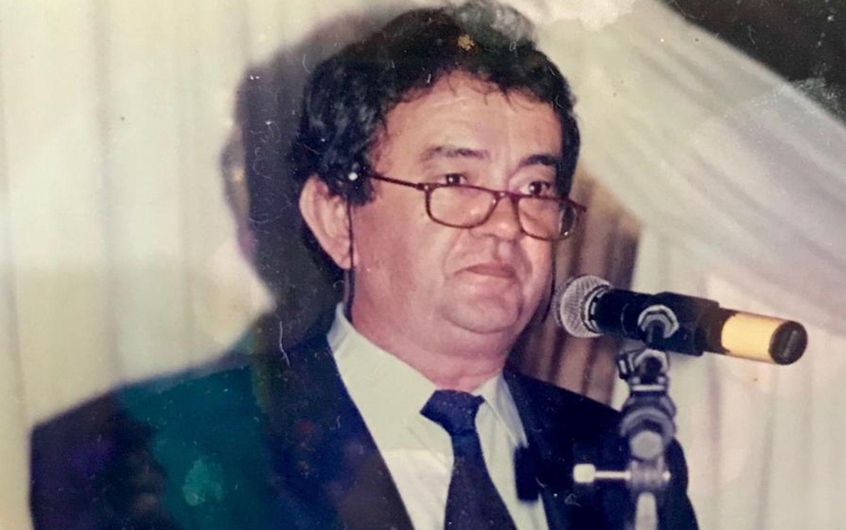Corpo do radialista Humberto Mendonça é sepultado em Aracaju