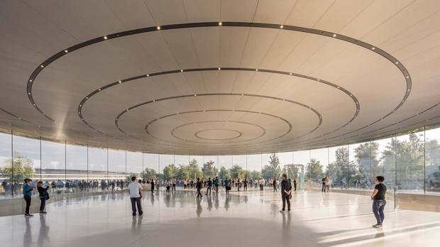 Teatro Steve Jobs tem elevador de vidro e auditório subterrâneo (Foto: Divulgação )