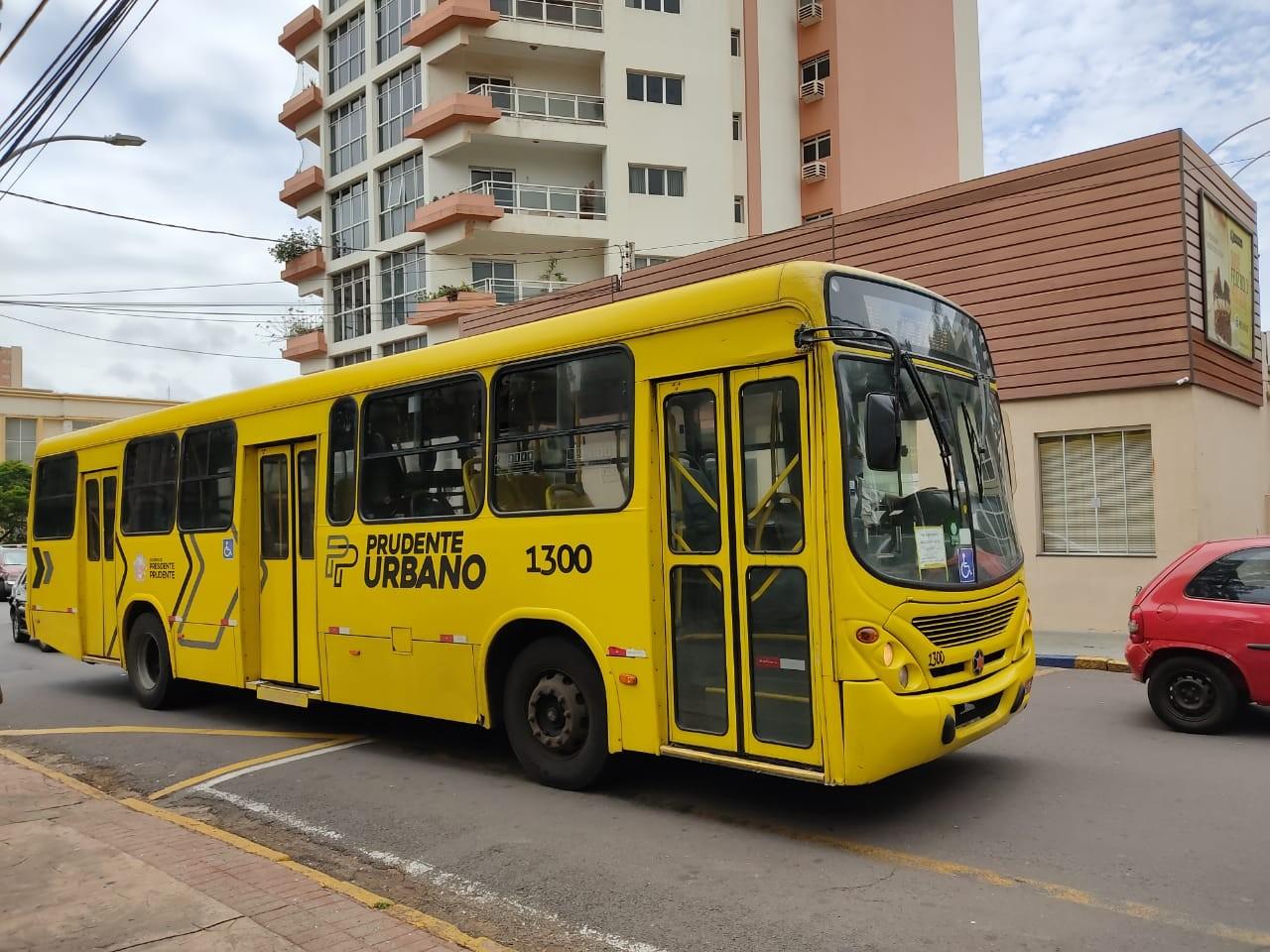 Semob disponibiliza 29 linhas de ônibus durante funcionamento do comércio neste domingo