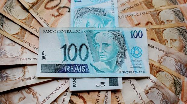 dinheiro reais imposto de renda restituição valor notas (Foto: Pixabay)