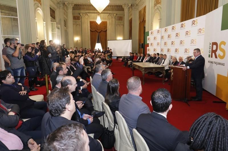 Governo do RS formaliza início de instalação de videomonitoramento em 36 cidades  - Notícias - Plantão Diário