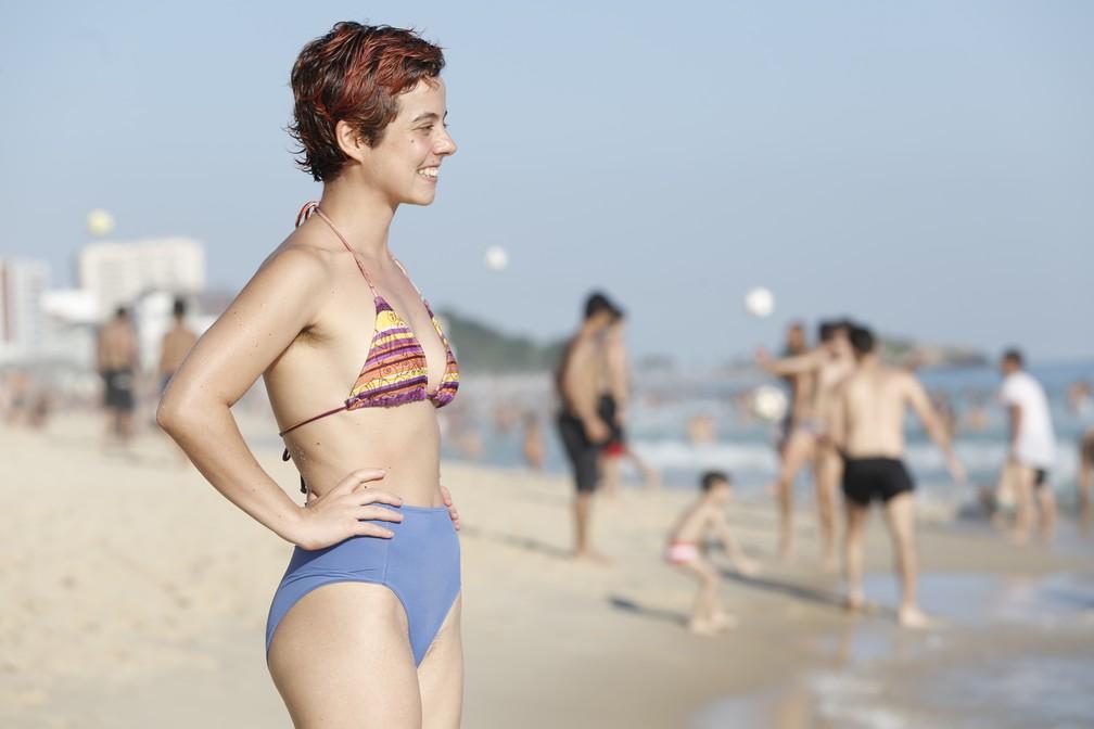 6981f4ee1 A bailarina Camilla Oliveira garante que se sente mais bonita com a peça —  Foto: