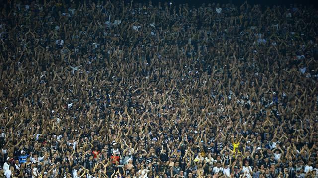 Corinthians 1 x 0 Vasco: torcida corintiana encheu o seu estádio e apoiou a equipe mais uma vez