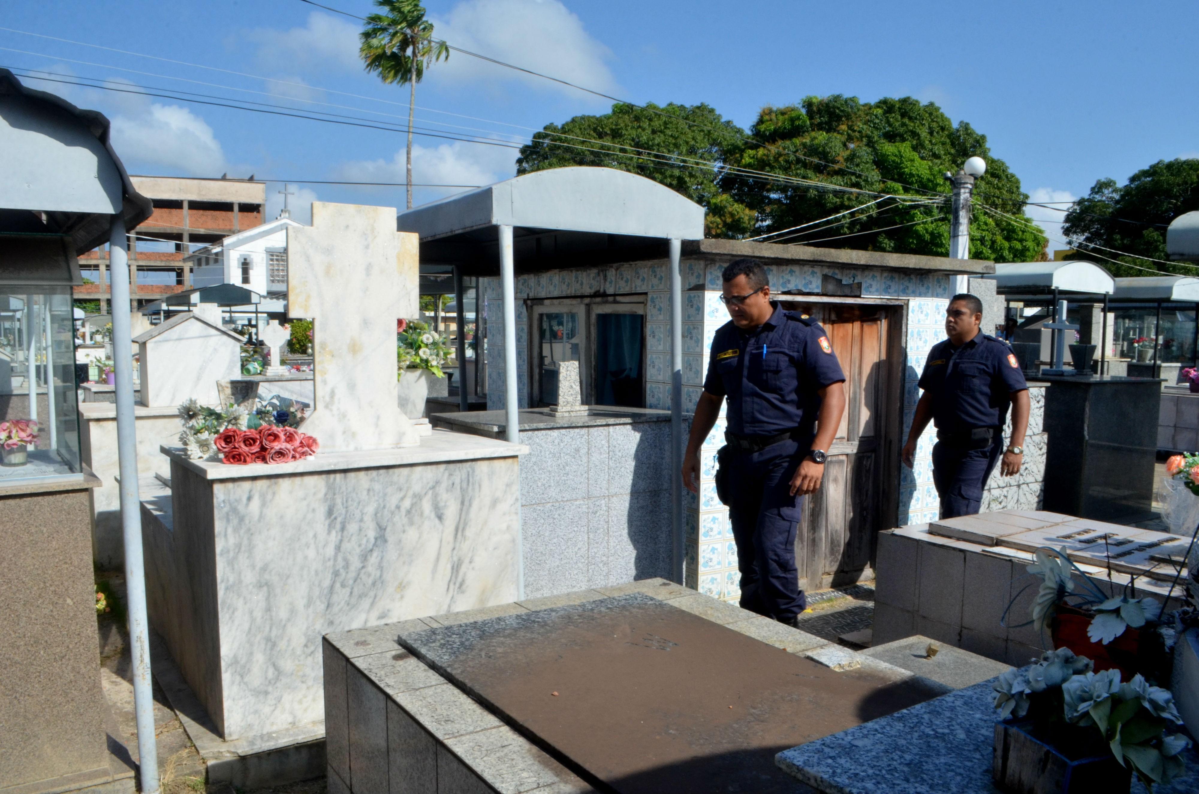 Após furtos e vandalismo, cemitérios de Macapá serão vigiados por guardas e câmeras  - Notícias - Plantão Diário