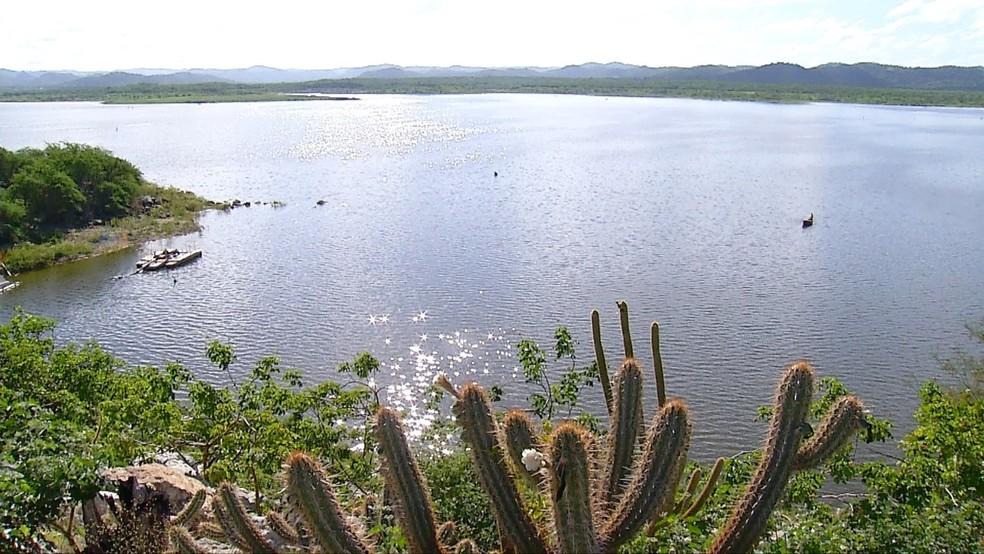 Açude Boqueirão serve para pesca e também para abastecer comunidades rurais no RN (Foto: Thiago Messias/Inter TV Costa Branca/Reprodução )