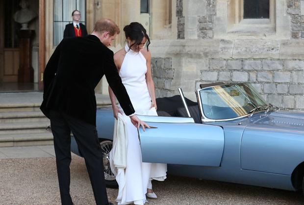 Jaguar planeja vender carro usado por Meghan e Harry no dia do casamento (Foto: Getty Images)
