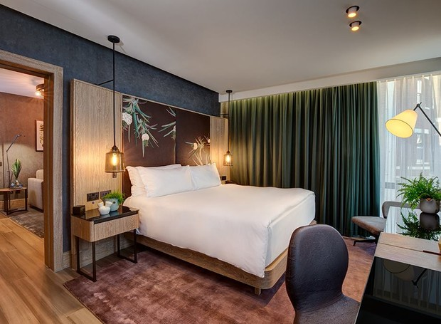 Hotel inaugura a primeira suíte do mundo estruturada com materiais orgânicos  (Foto: Facebook / HiltonLondonBankside)