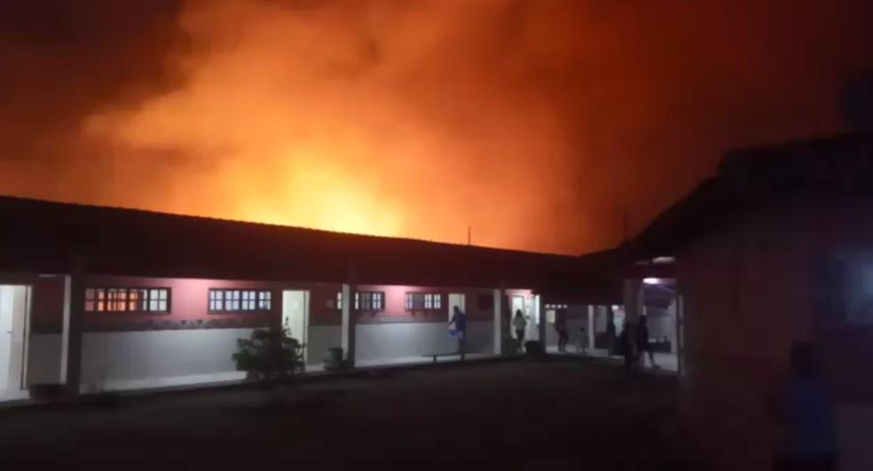 No momento do incêndio, os alundos estavam em aulas. Cinco deles precisaram ir para uma unidade hospitalar após inalarem fumaça.  â?? Foto: Arquivo Pessoal