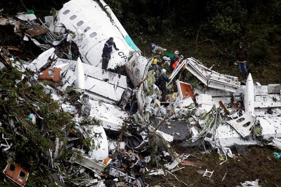 Avião com o time profissional da Chapecoense caiu em novembro de 2016 — Foto: Agência Reuters