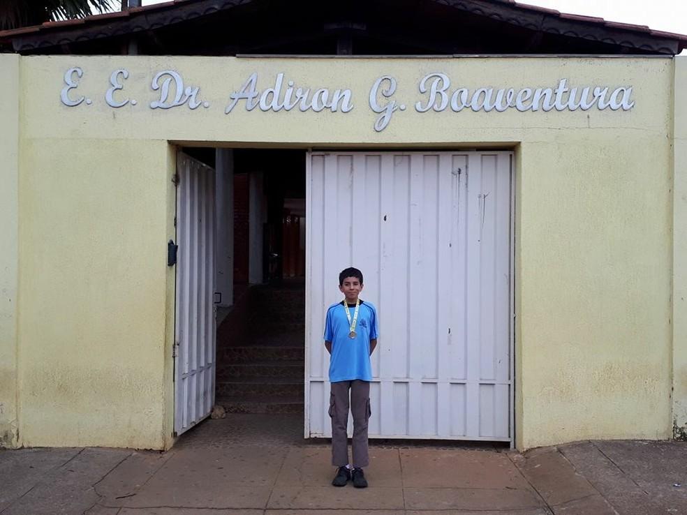 Mateus Mundstock Mendes de Carvalho estuda em escola estadual de Rio Paranaíba (MG) (Foto: Fabrícia Queiroz/ Arquivo Pessoal)