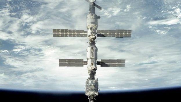 Existem cinco agências espaciais nacionais ou internacionais envolvidas na ISS (Foto: NASA, via BBC News Brasil)