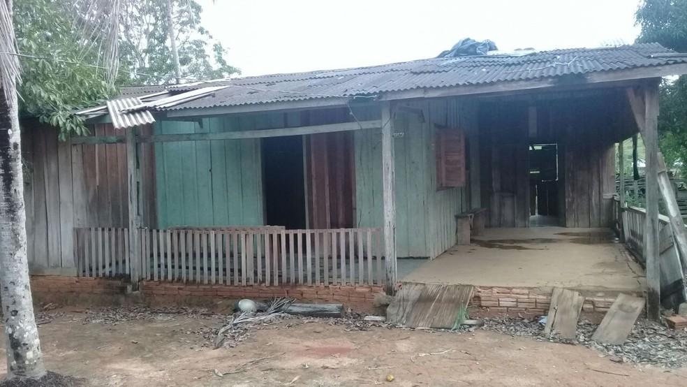 Casa que teria servido de cativeiro para manter a jovem grávida Tainá Carina de Lima (Foto: Assessoria/PM)